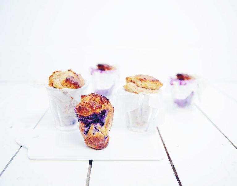 Volkoren muffins met blauwe bessen